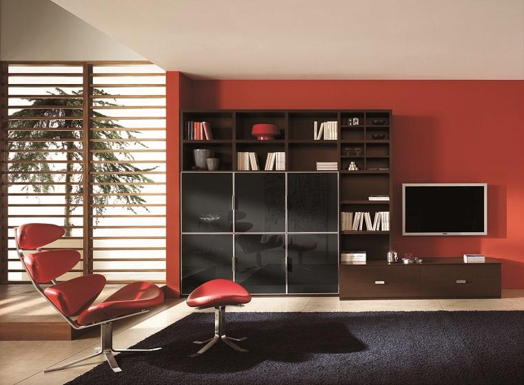 pareti decorate soggiorno rosso scuro