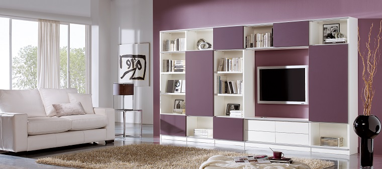 pareti decorate soggiorno viola chiaro