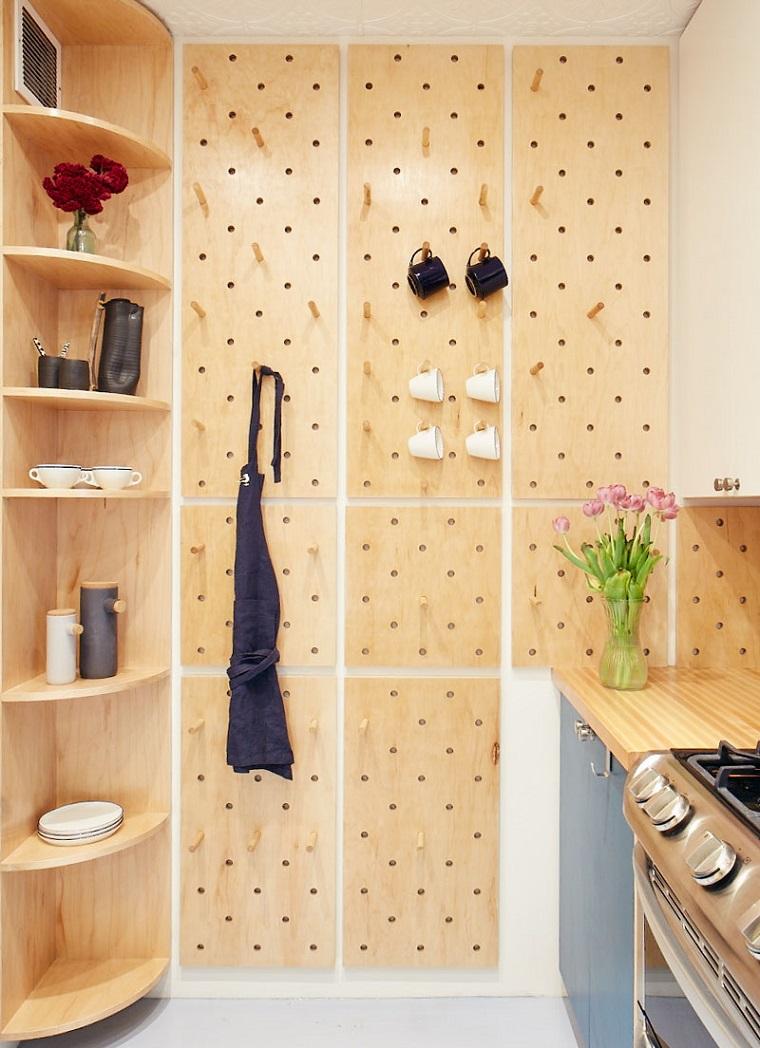 photography perry hall cucine ad angolo piccole parete con pannello di legno e ganci