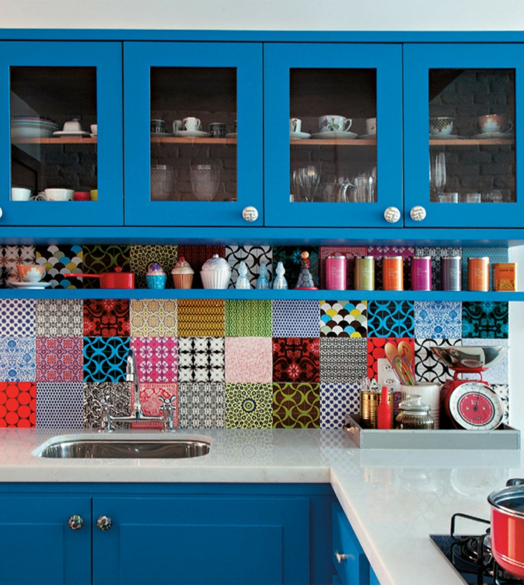 proposta colorata originale moderna cucina tendenza