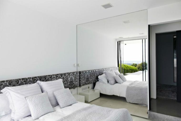 specchi moderni idea-particolare-camera-letto