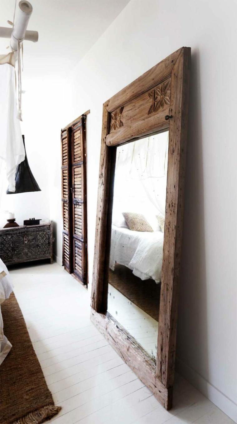 specchio-originale-semplice-pratico-camera