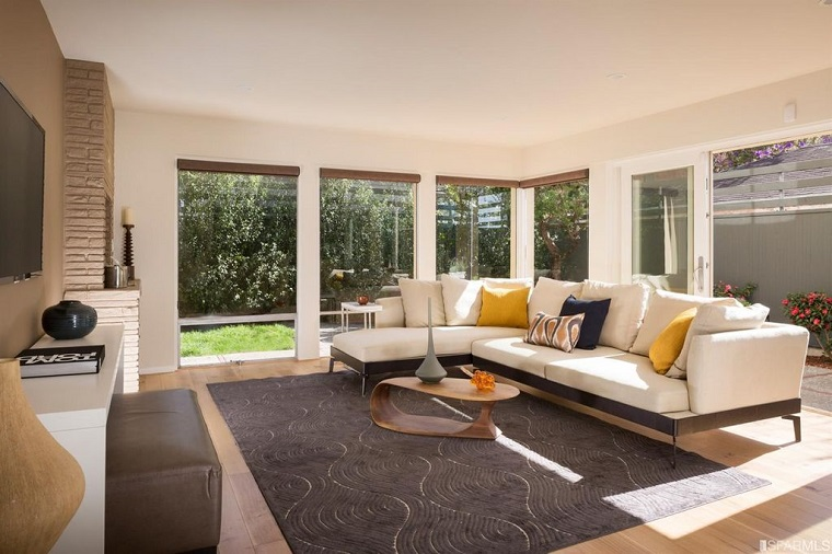 tavolino basso arredare zona living divano bianco design