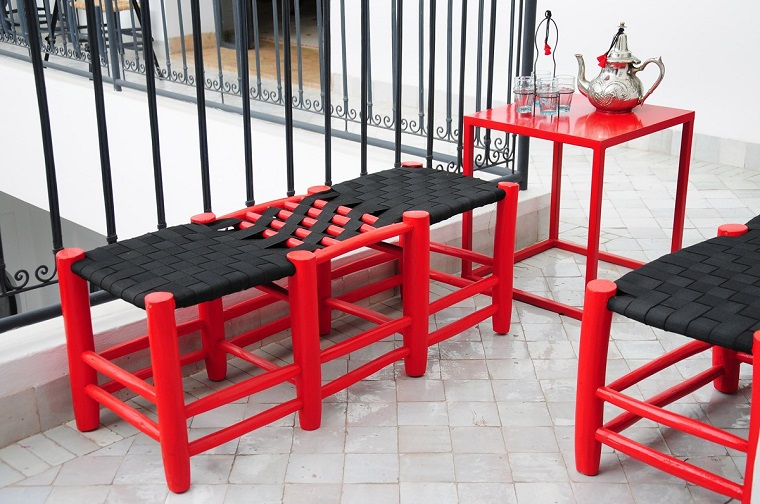 terrazzi e balconi proposta mobili rossi