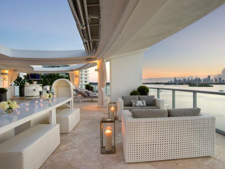terrazzo arredato design moderno total white