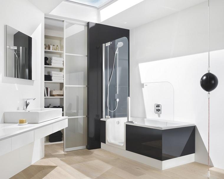 vasca da bagno con doccia apertura frontale