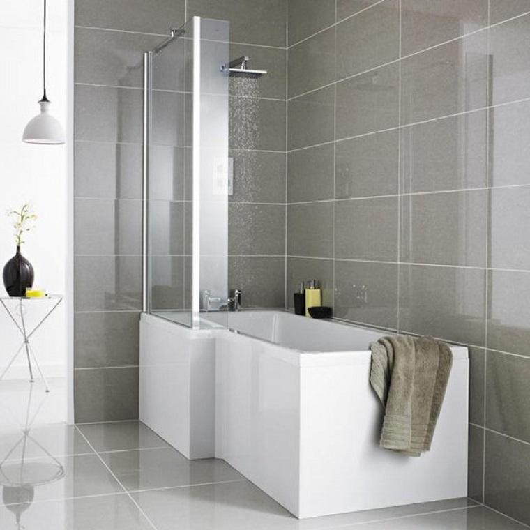 vasca da bagno con doccia dimensioni ridotte