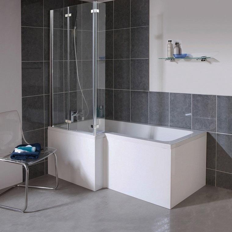 vasca da bagno con doccia doppio pannello