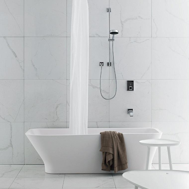 vasca da bagno con doccia proposta senza pannelli