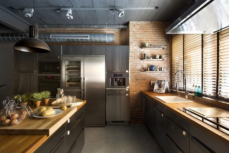 Arredamento industriale idee di arredo per ogni ambiente for Arredamento della casa