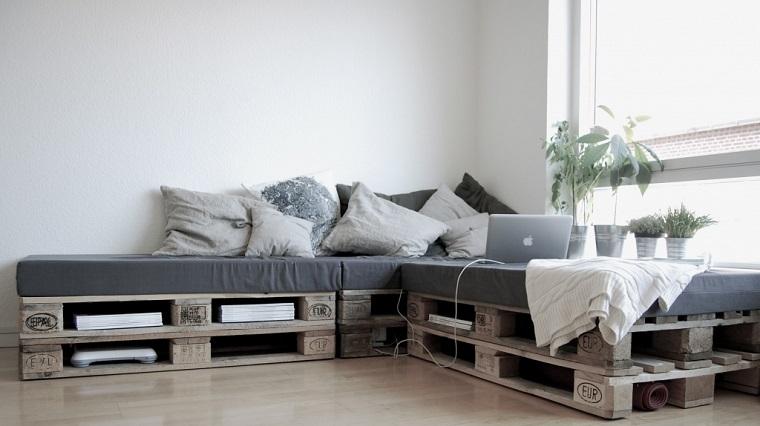 arredare con i bancali-divano-angolare
