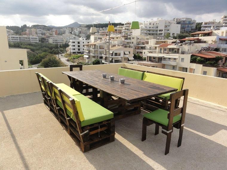 arredare con i bancali-tavolo-sedie-esterno