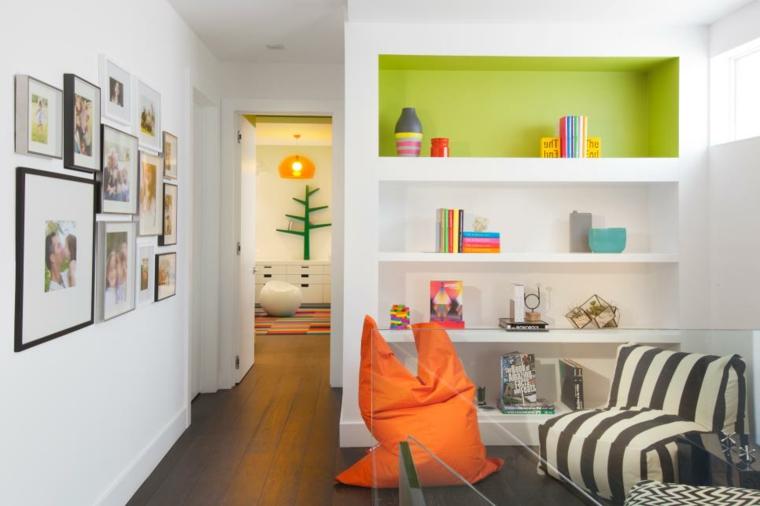 arredare corridoio fresco-colorato-vivace