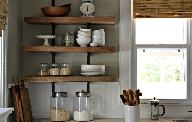 Mensole per cucina: piani d\'appoggio per attrezzare le ...