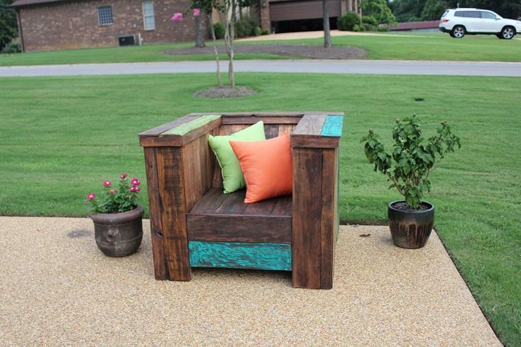 Idee giardino fai da te ecco come arredare l 39 esterno con for Poltrona fai da te