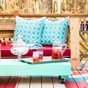 Arredare balcone piccolo: tante idee e composizioni salvaspazio