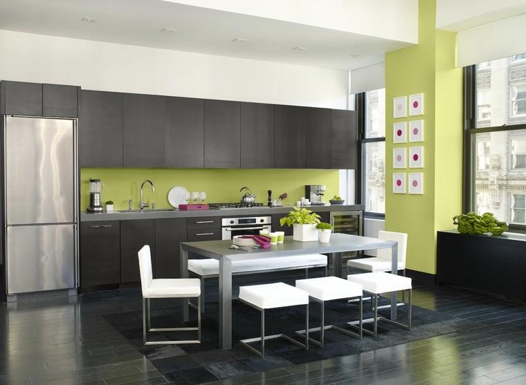Colore parete cucina ecco come scegliere quello pi - Abbinamento colori cucina ...