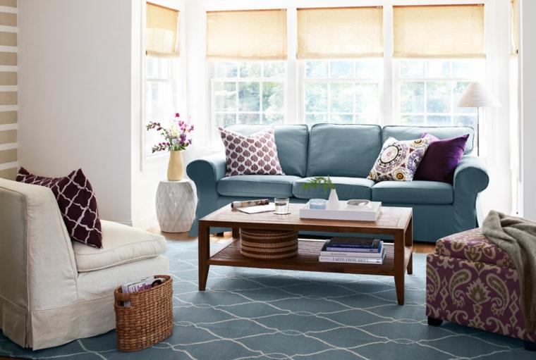come-arredare-casa-salotto-divano-azzurro
