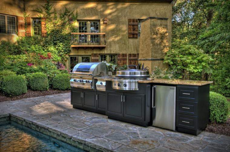cucina-esterna-piccola-compatta-moderna