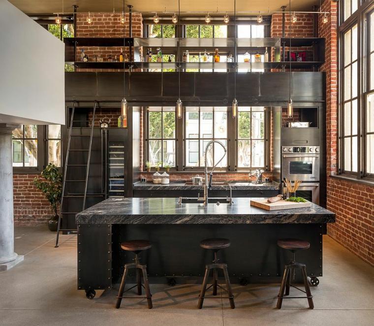 Cucina stile industriale fai da te, cucina con isola centrale, pareti con mattoni a vista