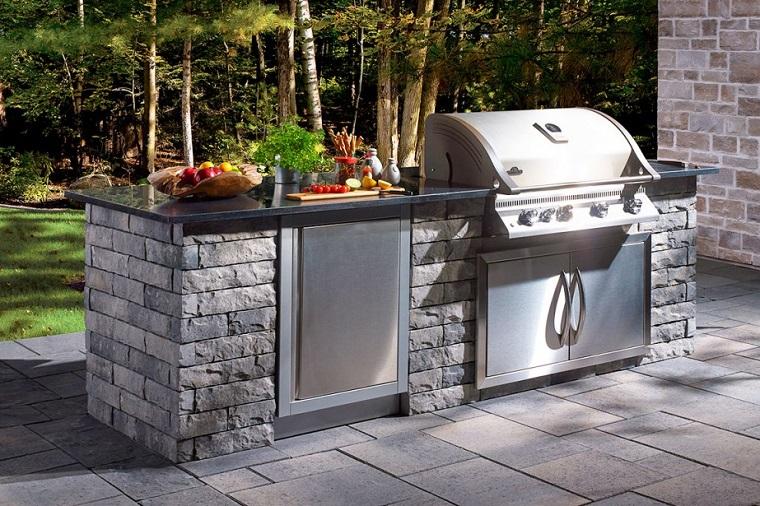 cucine da giardino-mattoni-vista-barbecue