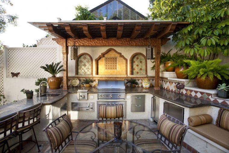 cucine da giardino-molto-spaziosa