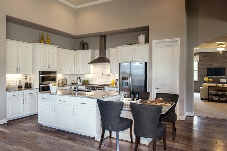Cucina Con Isola Centrale E Tavolo. Simple Cucine Ikea Con Isola Con ...