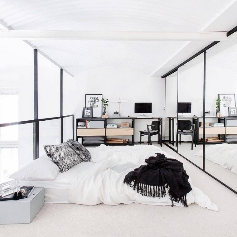 decorare-casa-camera-letto-tanti-specchi