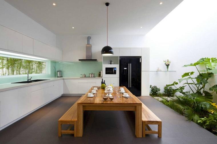 decorare-casa-giardino-interno-piante