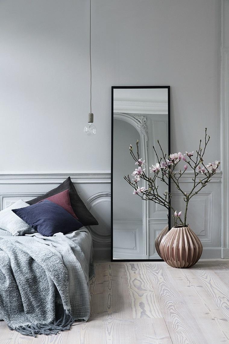 decorare-casa-specchio-camera-letto
