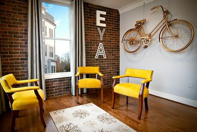 decorare la casa-fai-da-te-parete-bici-lettere