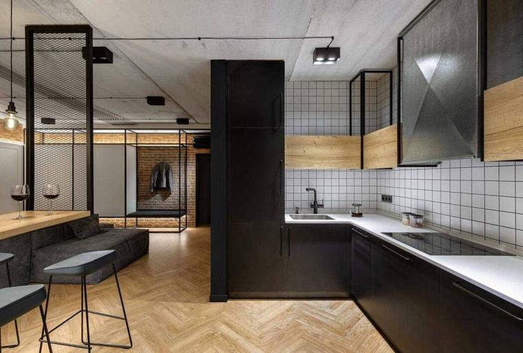 Salotto industrial, cucina con mobili di colore nero, rivestimento parete con piastrelle bianche