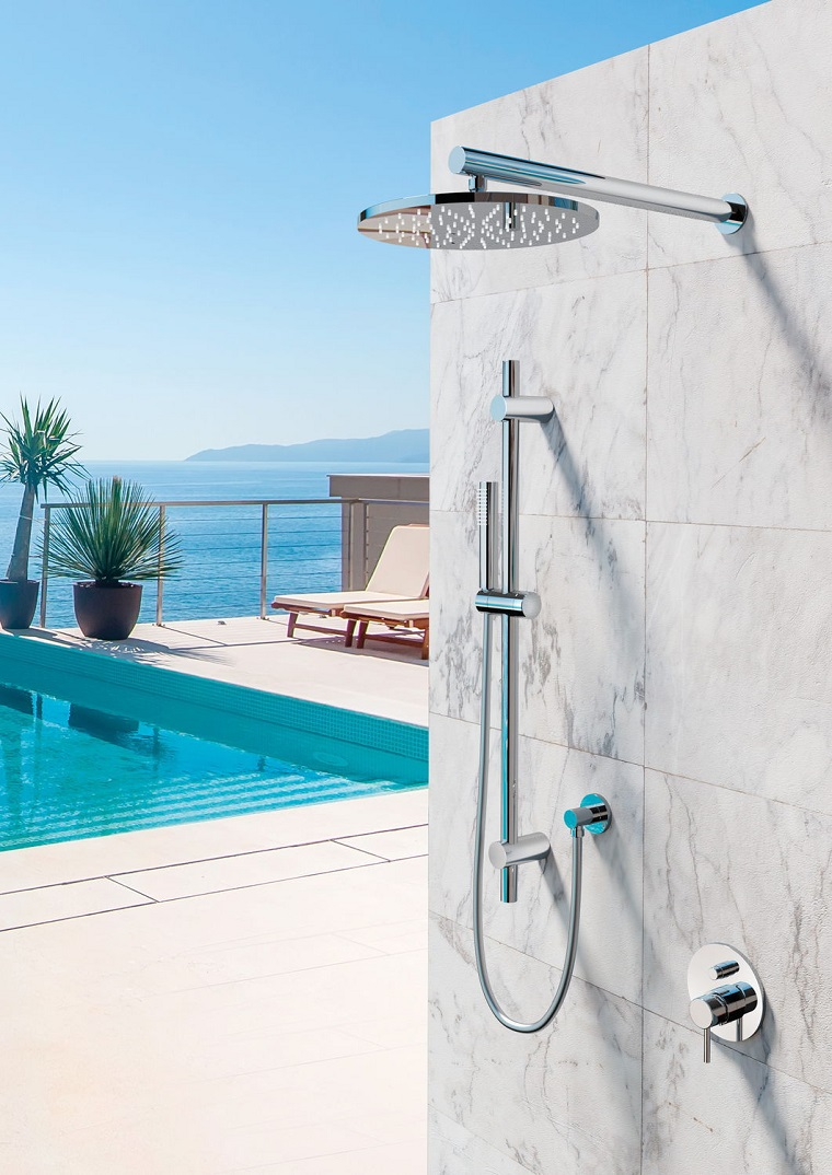 docce-da-giardino-parete-misceltaore-inox