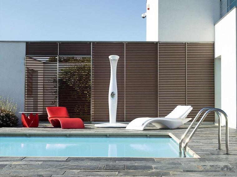 docce-da-giardino-stile-moderno-colore-bianco