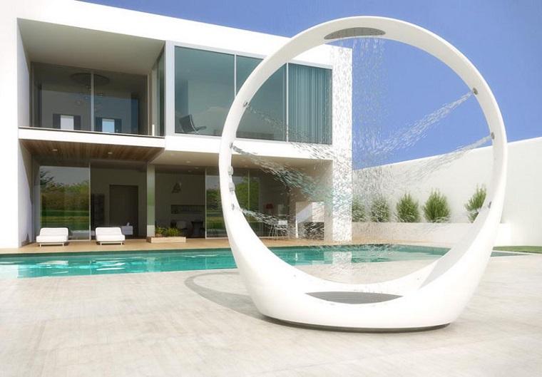 doccia da giardino-design-moderno