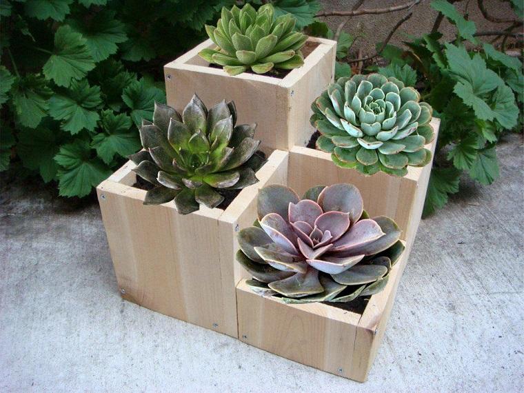 fai-da-te-vasi-legno-piante-grasse