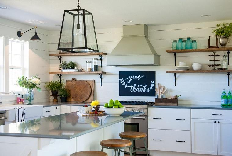 Mensole per cucina piani d 39 appoggio per attrezzare le pareti - Piani cucina in legno ...