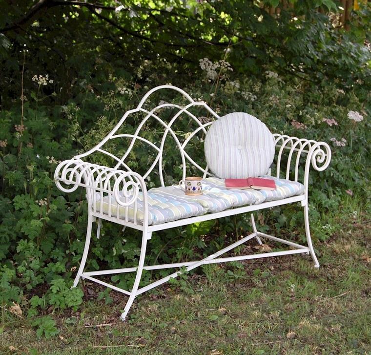 giardini shabby chic-panchina-ferro-battuto