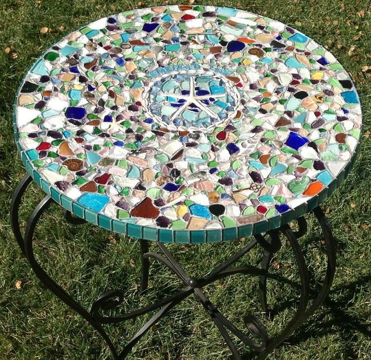 giardino-fai-da-te-tavolo-mosaico