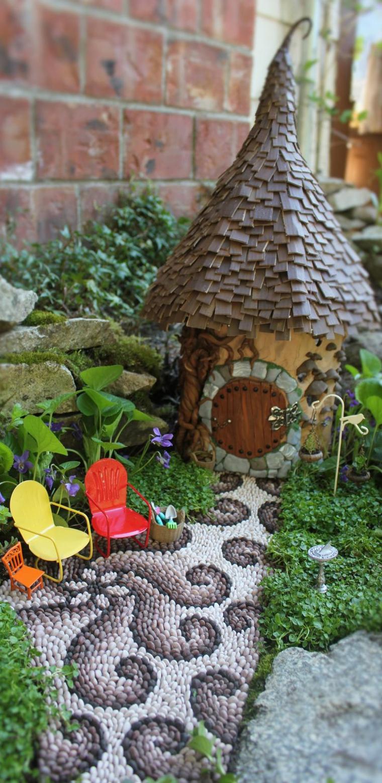 giardino-in-miniatura-camminamento-pietre-piccole