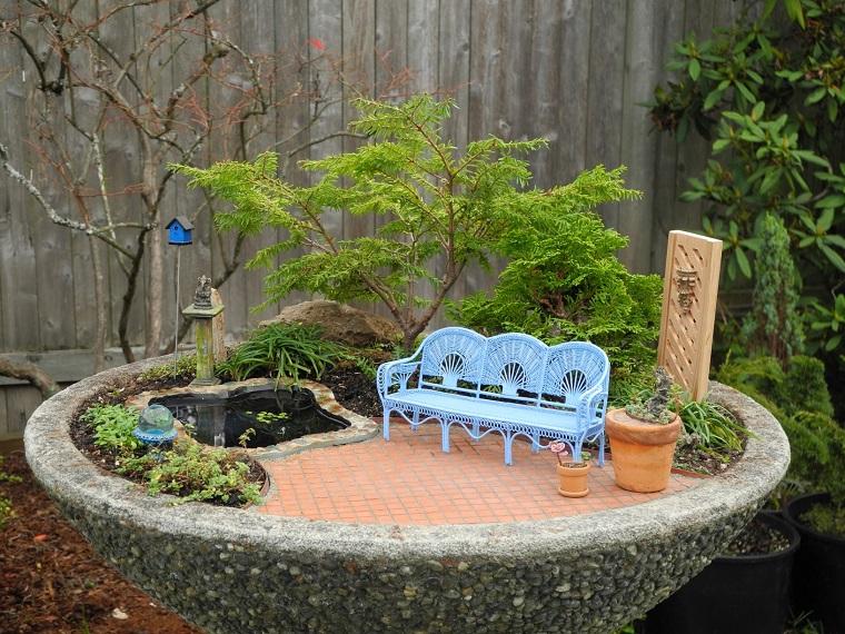 giardino-in-miniatura-panchina-azzurra