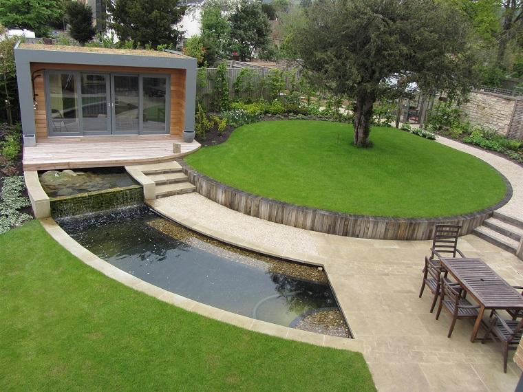 giardino moderno-forma-rotonda-laghetto