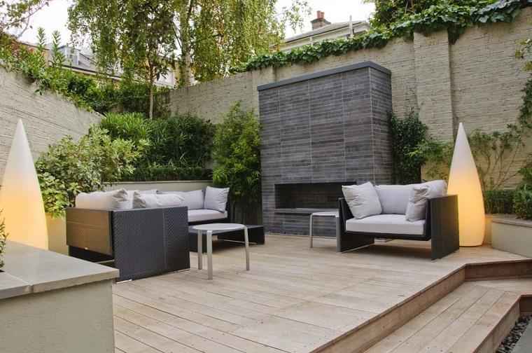 giardino moderno-patio-ben-attrezzato