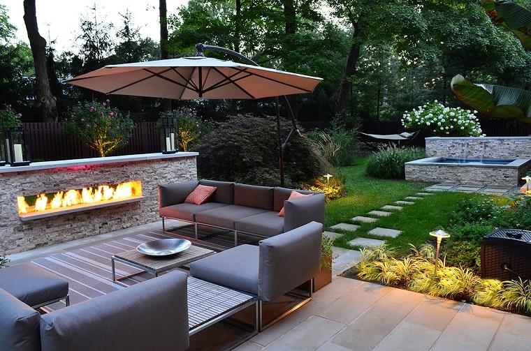 giardino moderno-proposta-camino-divani