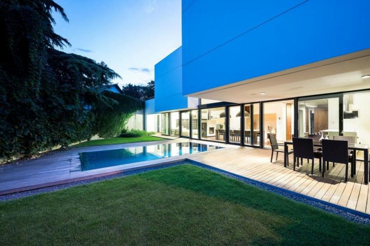 giardino-piscina-moderno-originale-particolare