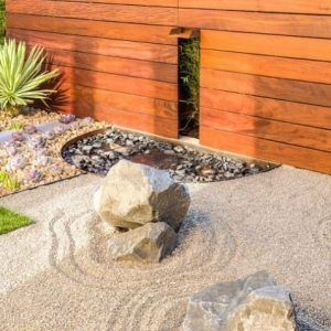 Idee fai da te giardino lo spazio esterno si veste di - Creare giardino roccioso ...