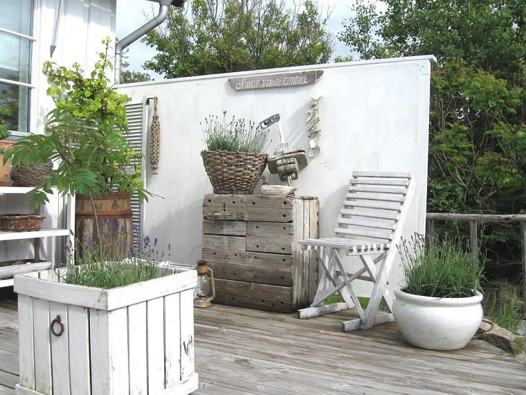 idee creative da realizzare-mobili-decapati-giardino