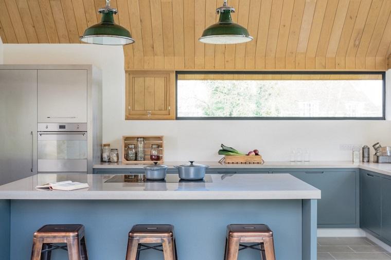 isola-centrale-cucina-soluzione-fresca-moderna