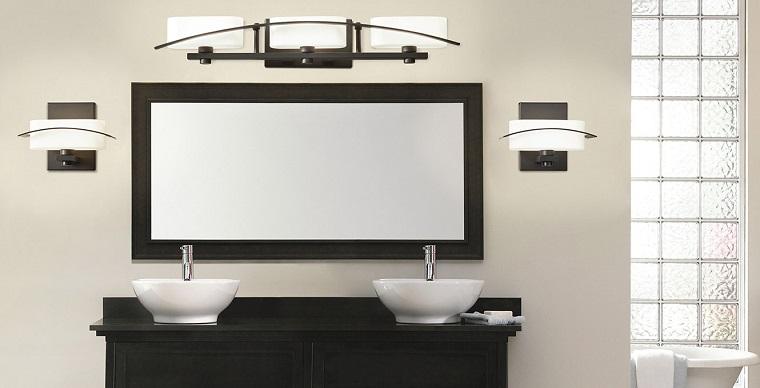 Lampadari bagno design affordable lampadari bagno bagno interior design lampadari a soffitto for Lampadari x bagno