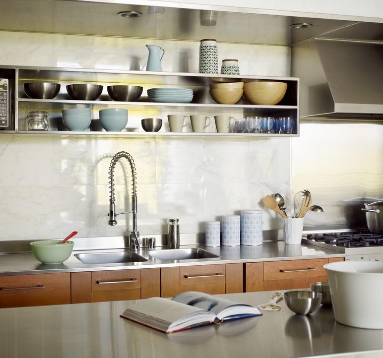 Mensole per cucina piani d 39 appoggio per attrezzare le pareti - Mensole per cucine ...